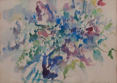 Strauß in blauer Vase